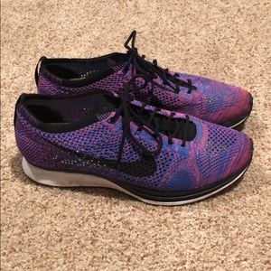 Nike Flyknit Racer Pink/Blue Running Shoes 8.5